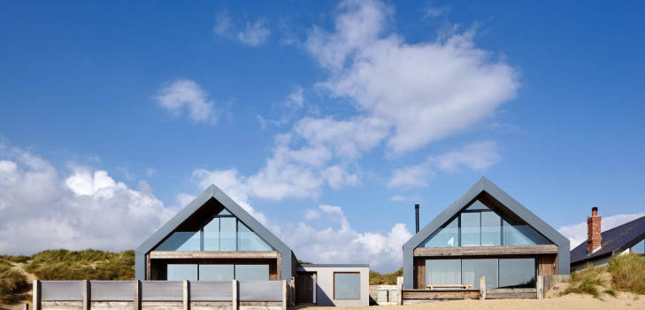 minimal windows camber sands amazing spaces