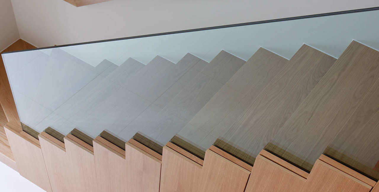 Willow Road Glass Balustrades Stairs