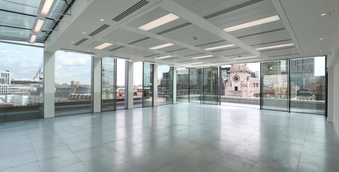 livingstone-house-sliding-glass-doors-minimal-windows
