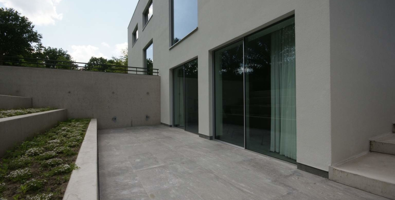 Large Sliding Glass Doors Used With Indoor Pool House
