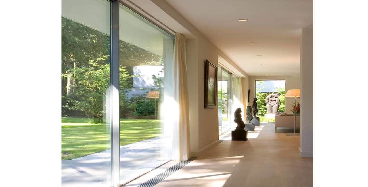 The White Villa aluminium sliding glass doors
