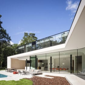 minimal windows open corner sliding glass doors