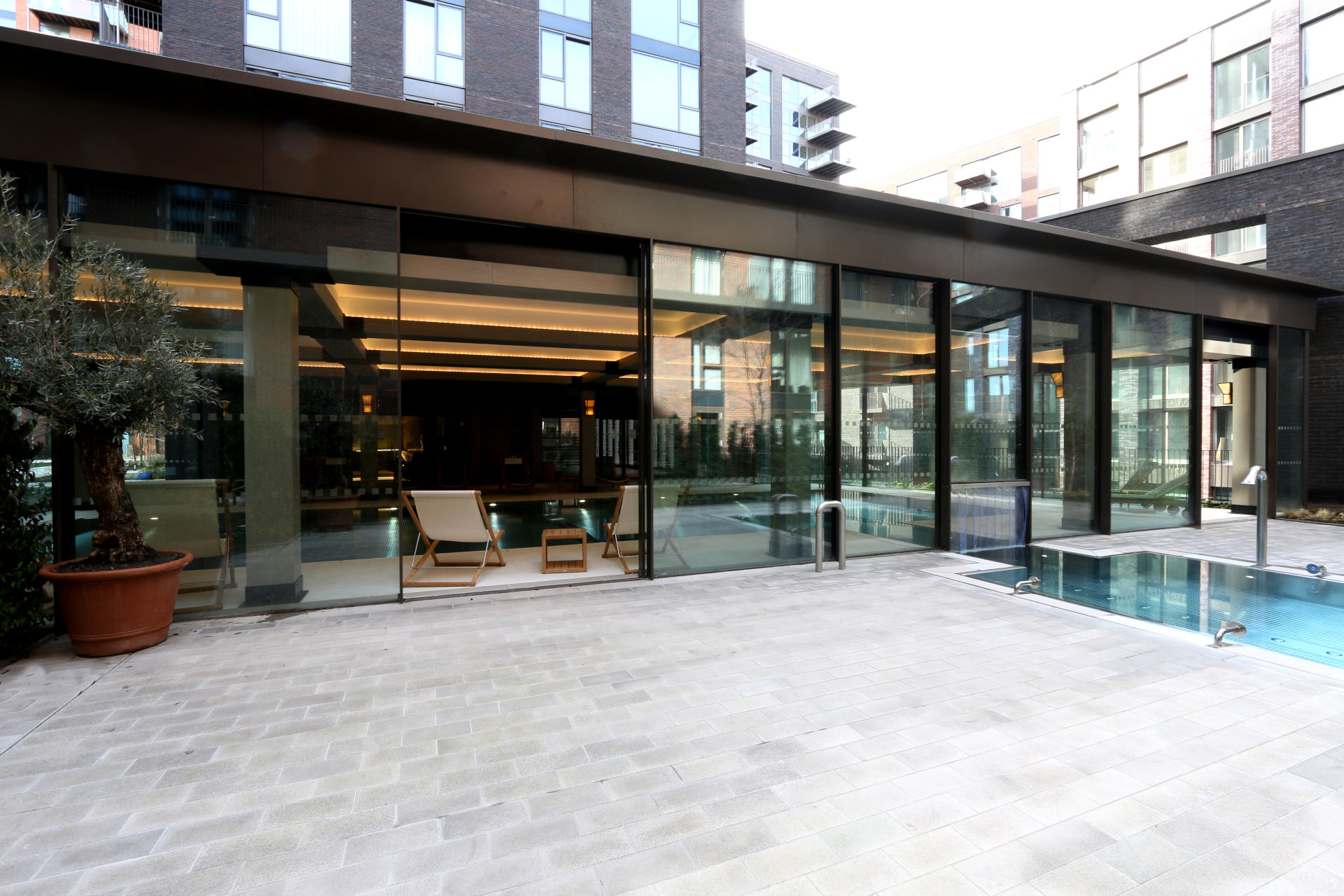 Embassy-Gardens-slim-framed-sliding-glass-doors