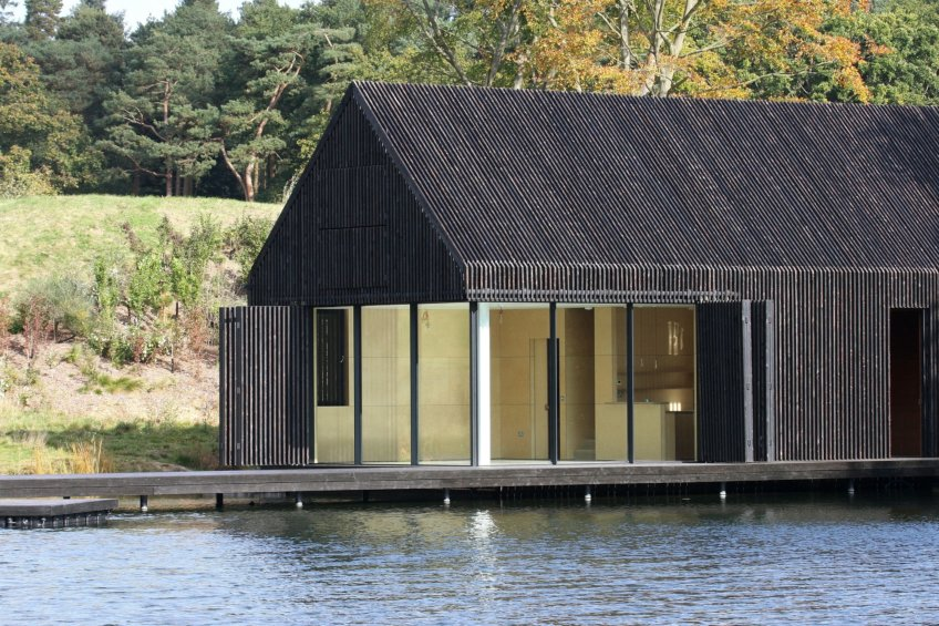 The-Boathouse-minimal-sliding-doors-28-e1468933652565
