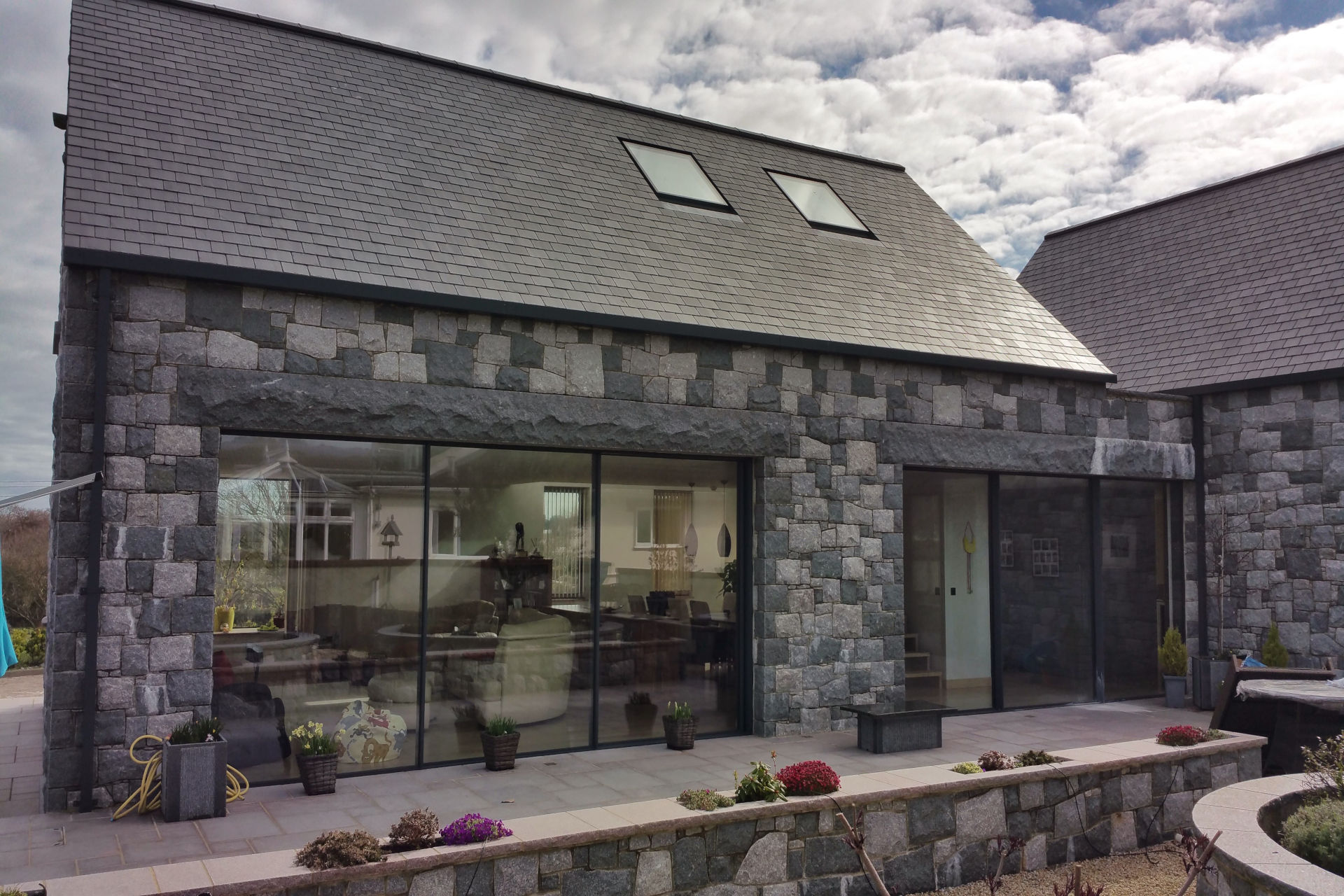 architectural-glass-slim-frame-sliding-glass-doors (5)