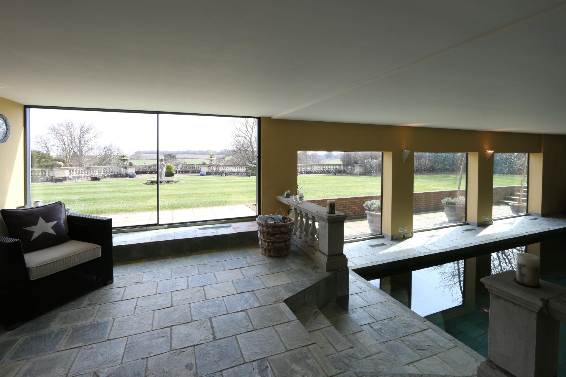 dunloran_house_minimal-windows-sliding-glass-doors
