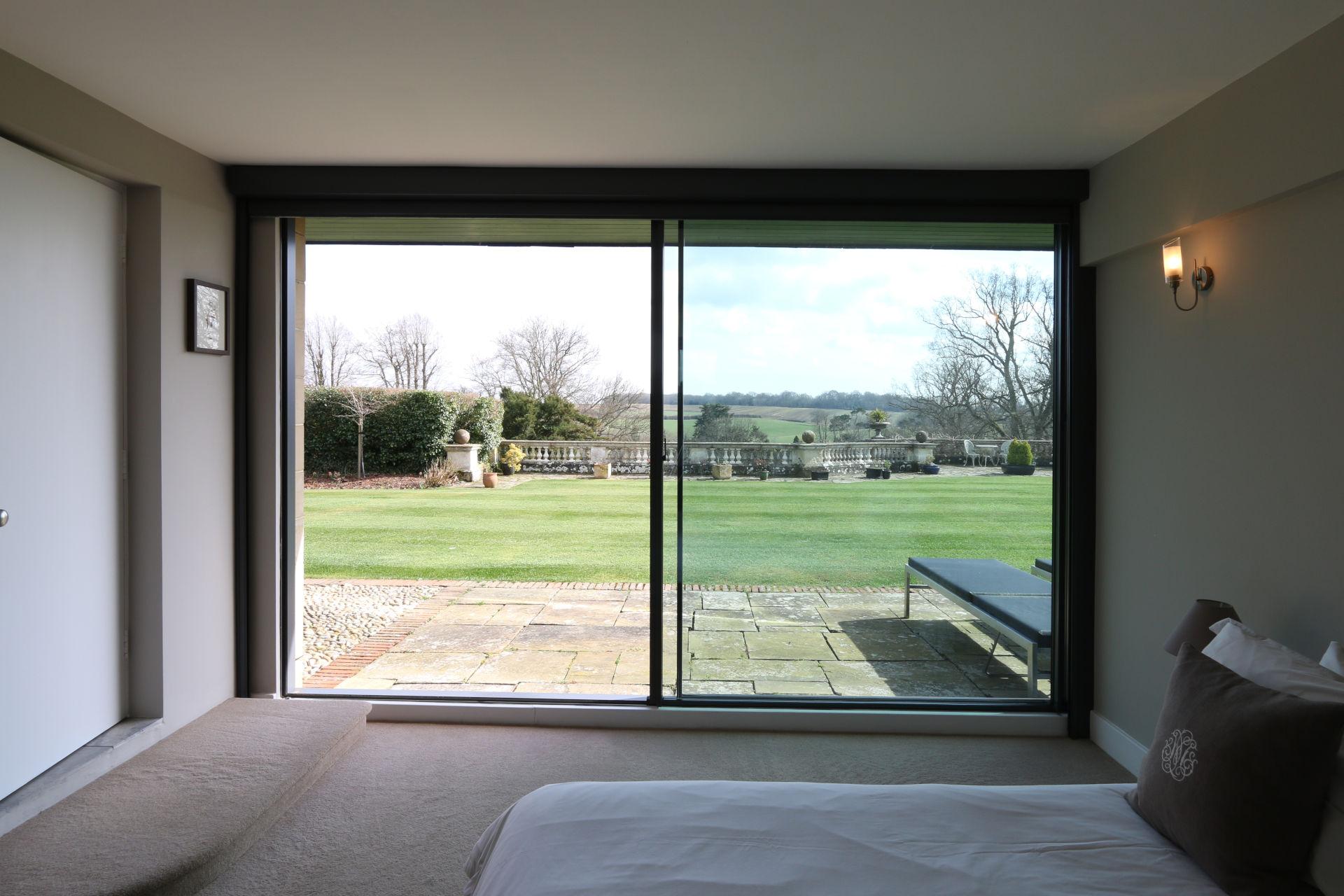 dunloran_house_ultra-thin-sliding-glass-doors