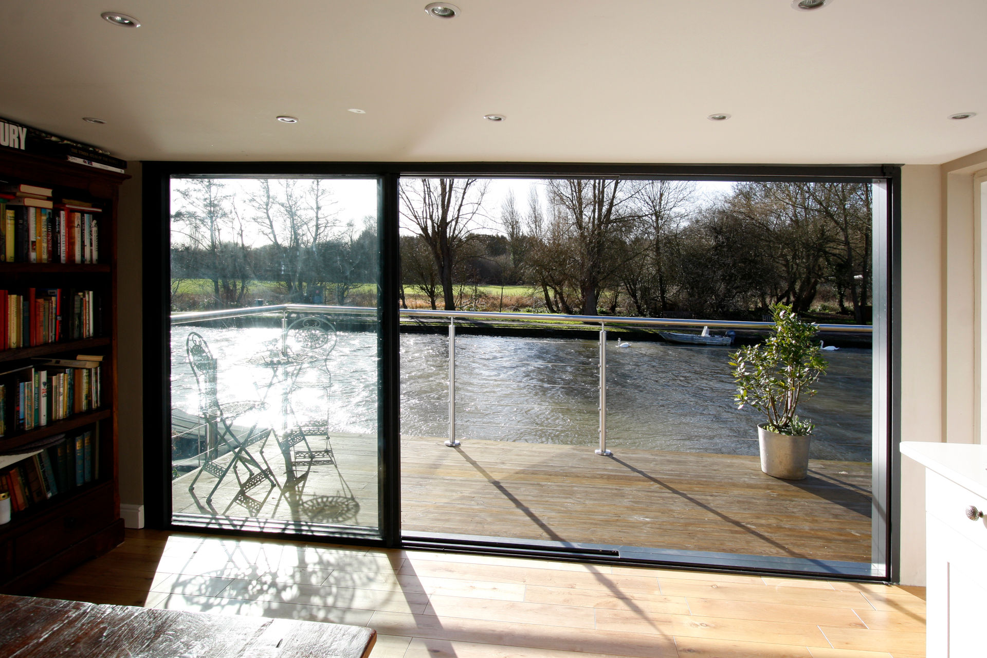 finnmoor-ultra-thinly-framed-sliding-glass-doors