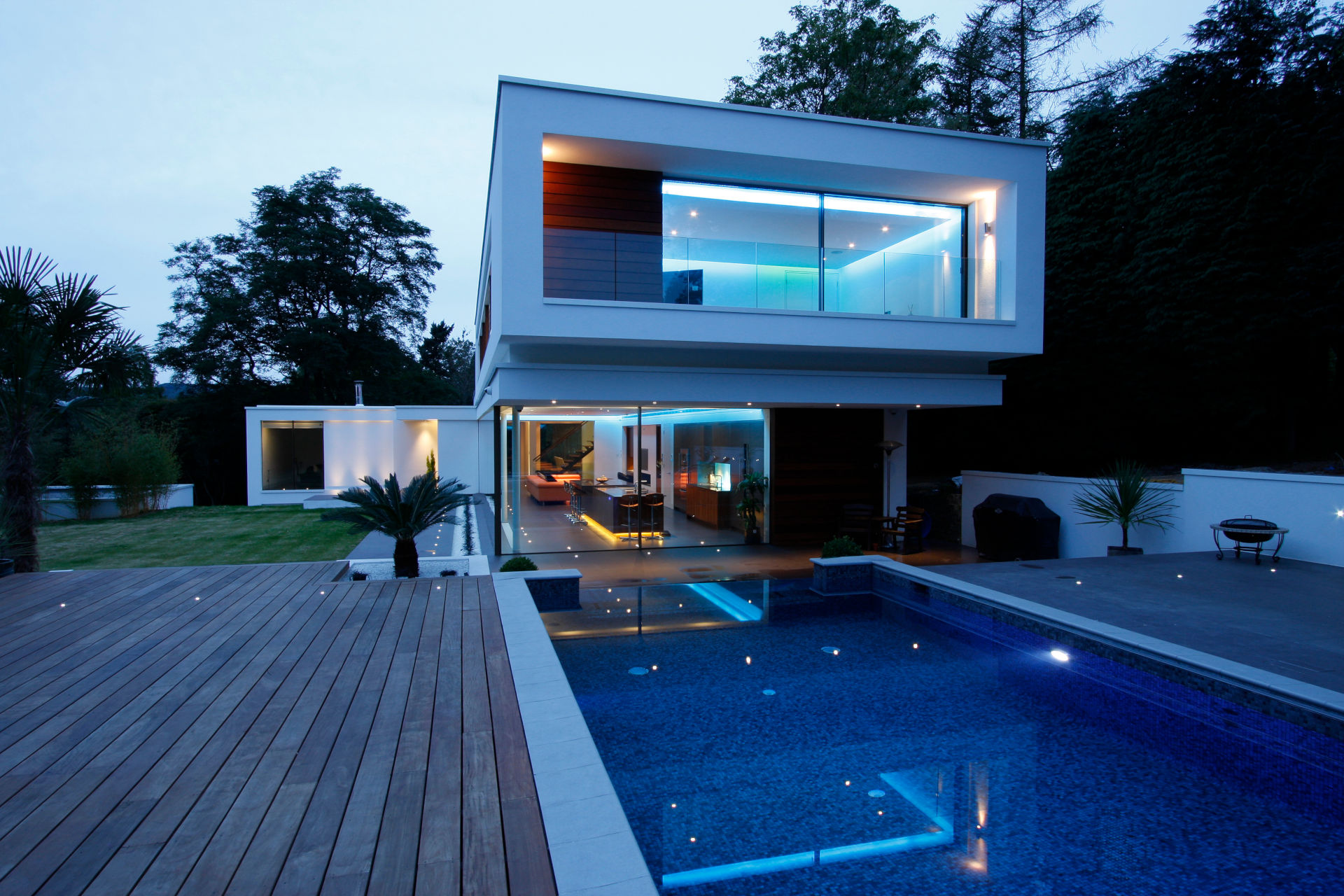 iq-glass-white-lodge-architectural-glass (7)