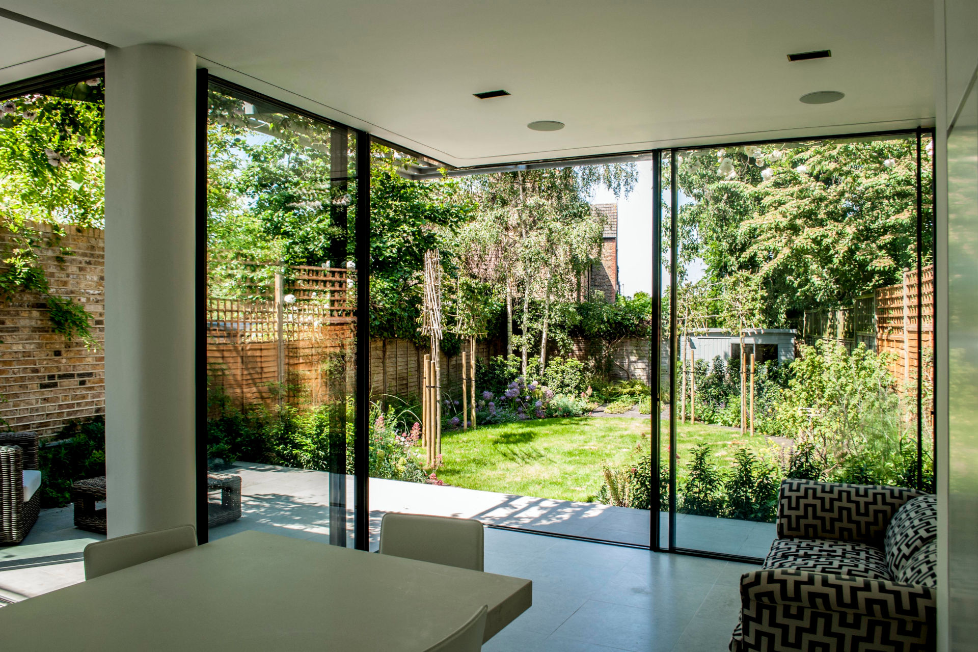 killsier-avenue-ultra-thin-sliding-glass-doors