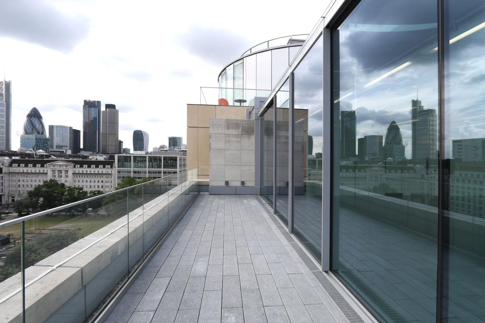 livingstone-house-sliding-glass-doors