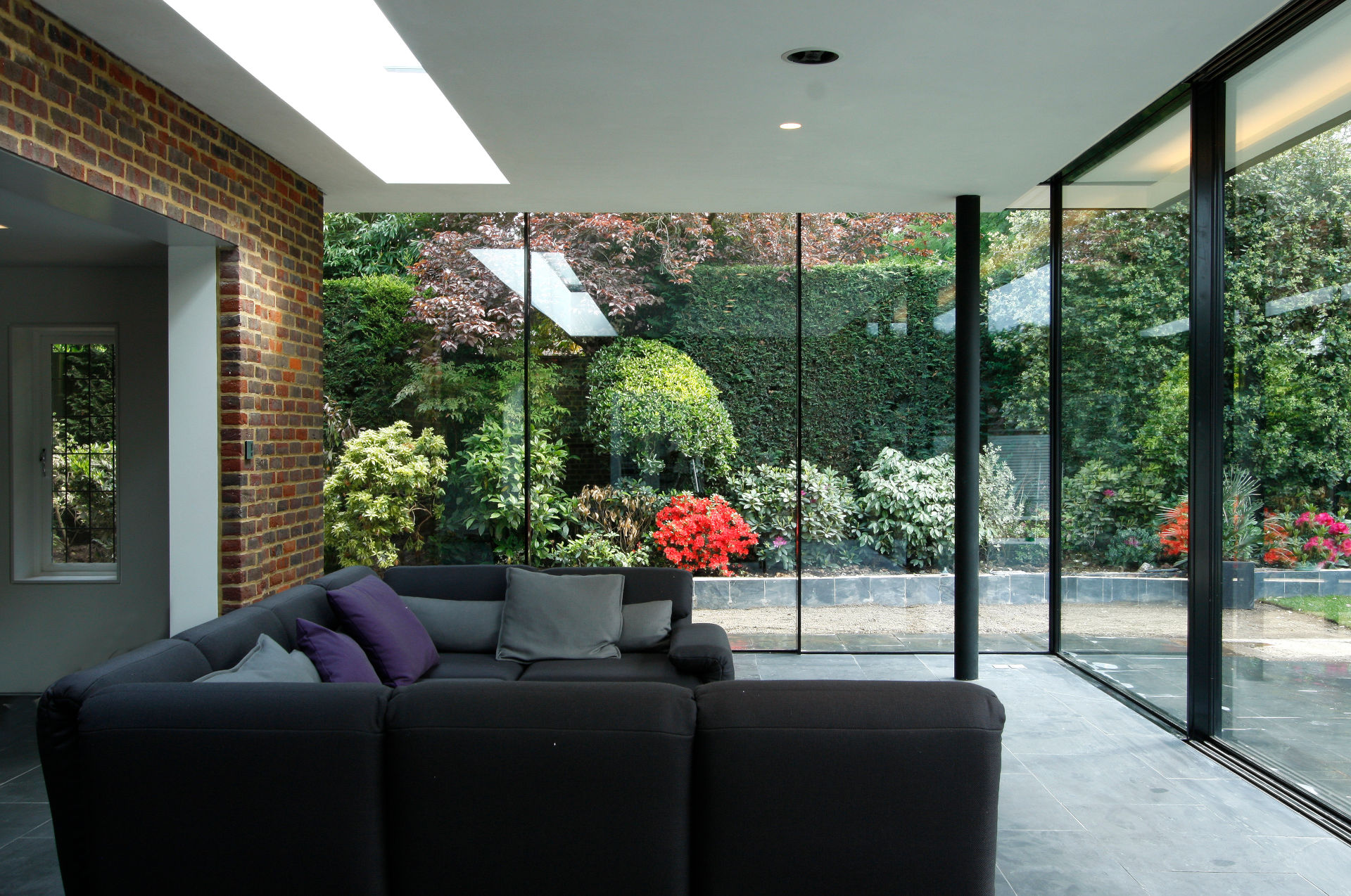 totteridge-lane-slim-framed-sliding-glass-doors