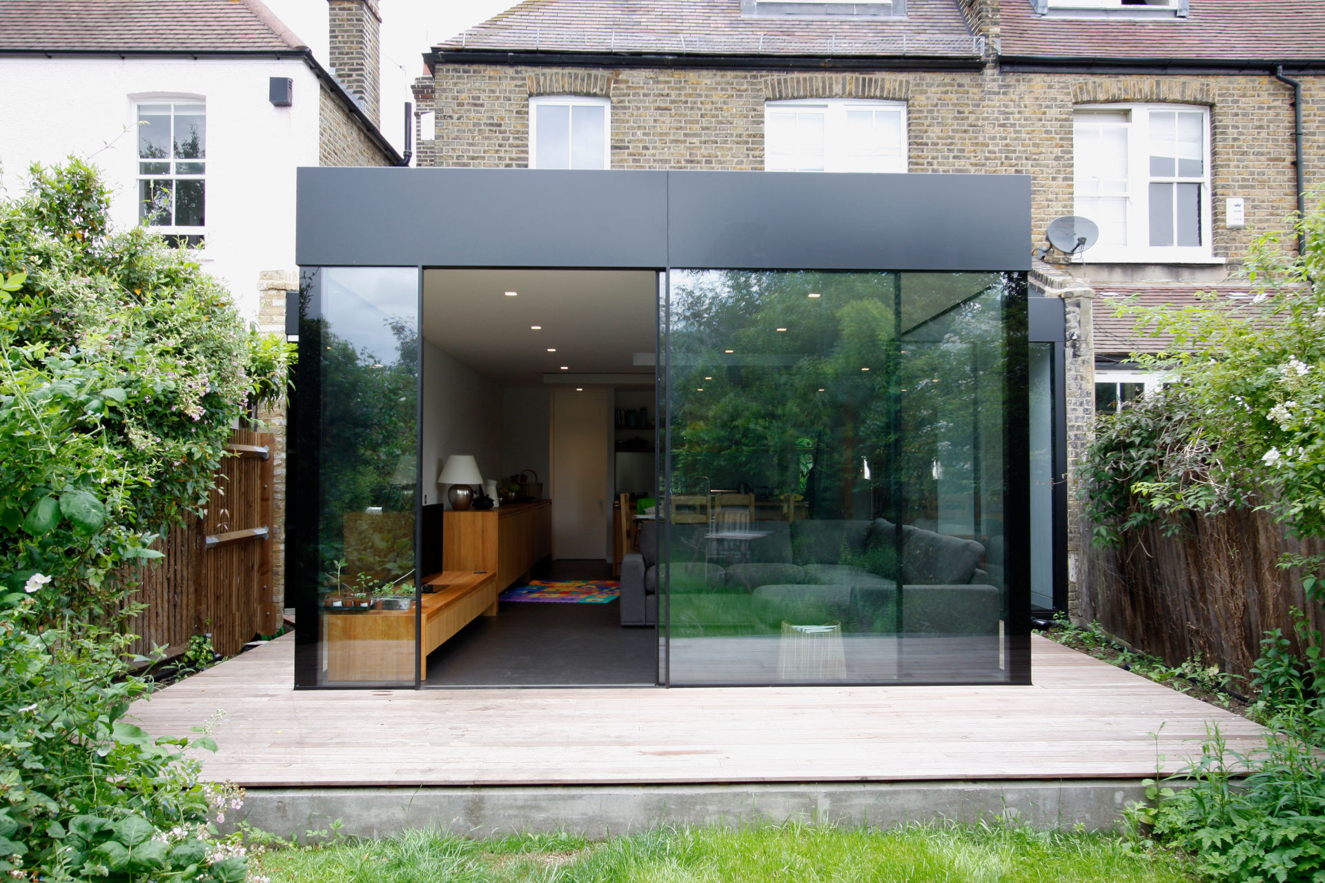 contemporary glazed extension