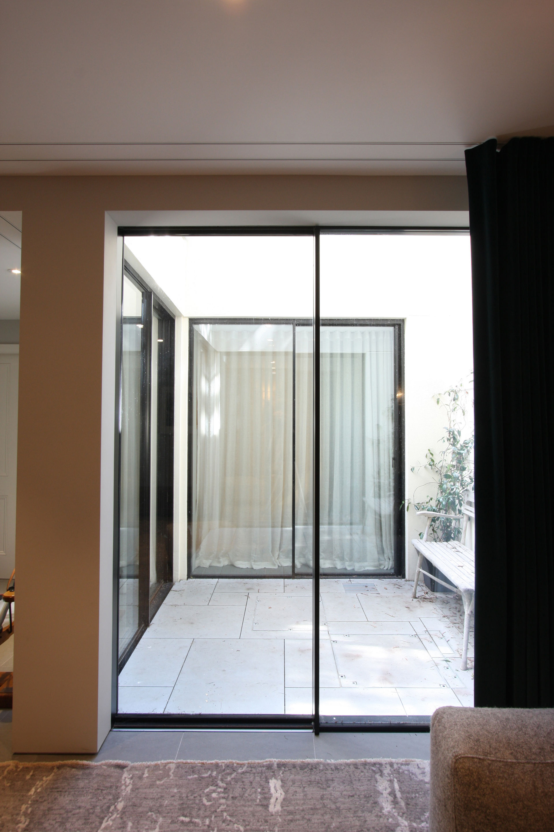 warwick-gardens-slim-framed-sliding-glass-doors