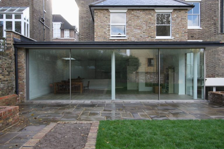 minimal windows rear extension