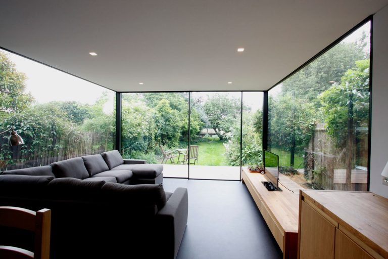 minimal-windows rear glazed extensions