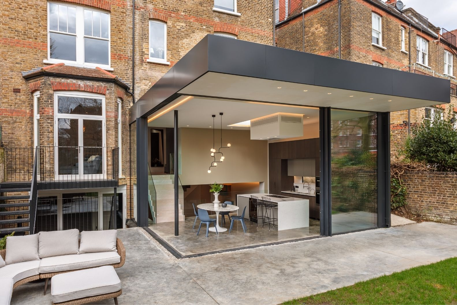 contemporary extension on a London townhouse with minimal windows aluminium sliding doors