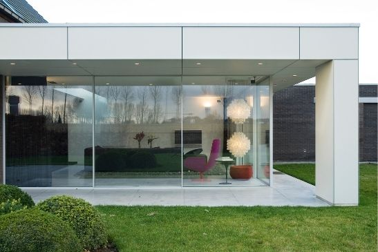 oversized aluminium sliding glass doors from minimal windows