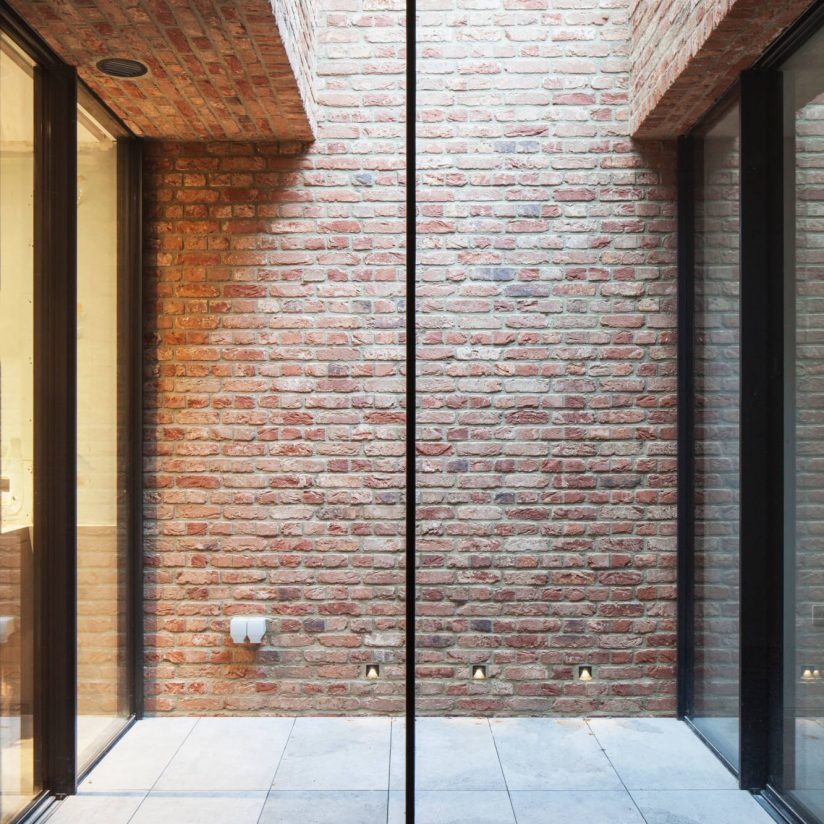 ultra-thin-sliding-glass-doors